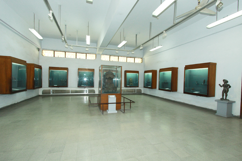 Gallery No-17. Sculpture-1