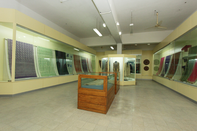Gallery No-29. Textiles & Costumes